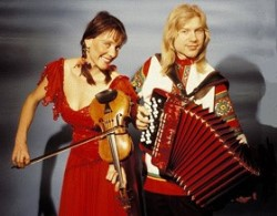 Mazaika – Igor Outkine (midi accordion, vocals) and Elizabeth Harrison (violin, domra, vocals) –